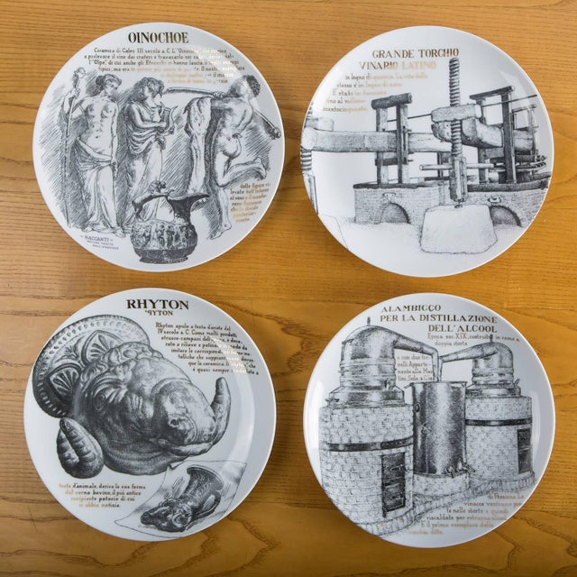 Piero Fornasetti Set of 12 Fornasetti Plates for Martini & Rossi For Sale - Image 4 of 8
