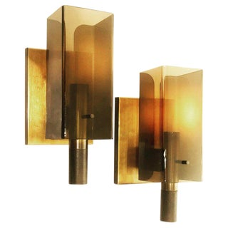 1970s American Space Age Wall Sconces in Smoke Lucite and Copper - a Pair For Sale