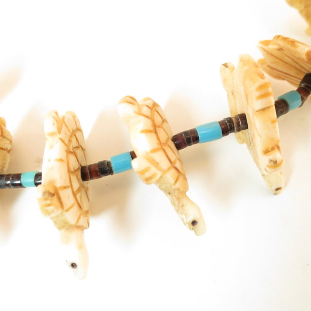 Native American Zuni Hand-Carved Bone Turtle Fetish Necklace 1970s For Sale - Image 11 of 12