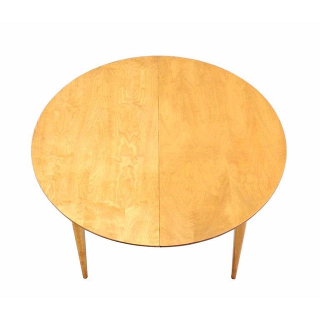 Early 20th Century Round Birch Dining Table with Three Leaves For Sale - Image 5 of 6