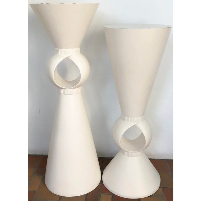 White Sculptural Set of Two Pedestals For Sale - Image 8 of 8
