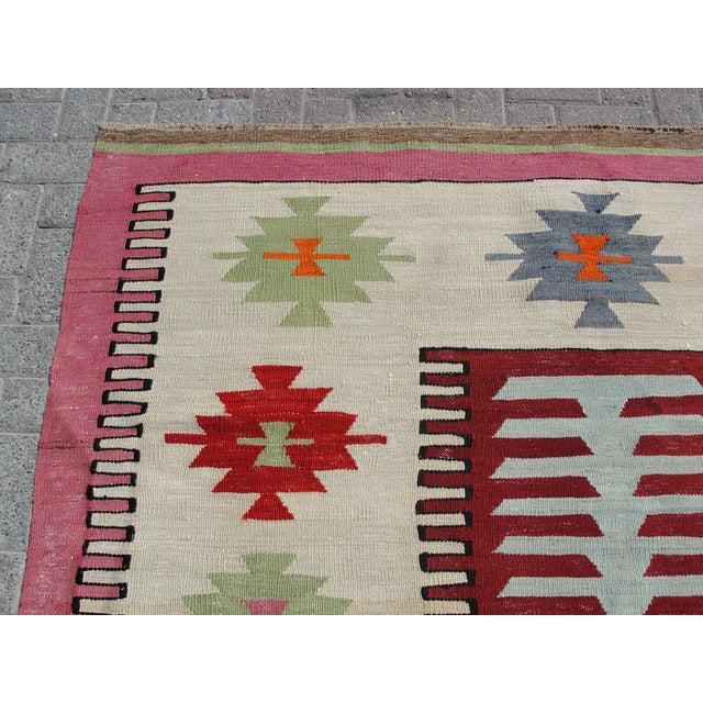 Vintage Turkish Kilim Rug -6′2″ × 9′2″ For Sale - Image 4 of 11
