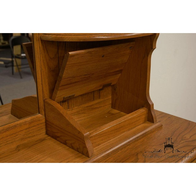 Glass Late 20th Century Vintage Thomasville Furniture Salem Tavern Collection Dresser & Mirror For Sale - Image 7 of 12