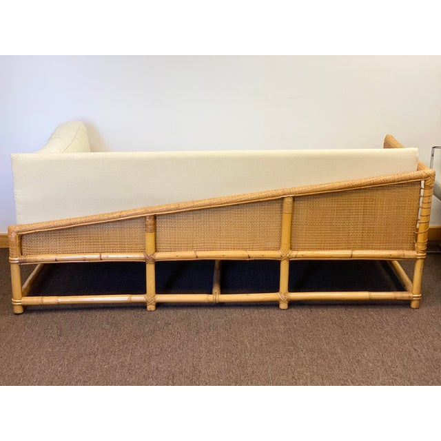 We are very pleased to offer a boho chic, stylish daybed, circa the 1960s. Handcrafted in beautiful, light brown bamboo,...