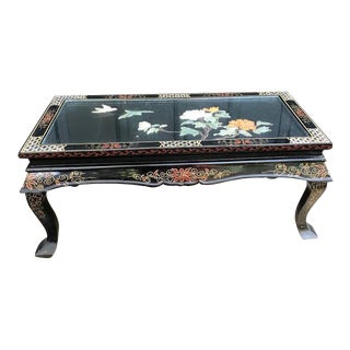 Asian Black Lacquered Hand-Painted Chinese Folding Coffee Table For Sale