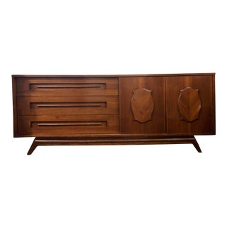 Mid-Century Modern Walnut Hardwood 9 Drawer Dresser by Young & Company For Sale