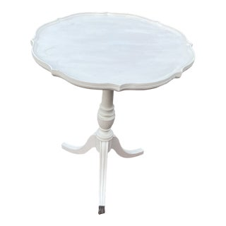 Antique Farmhouse Chic Pie Crust Table For Sale