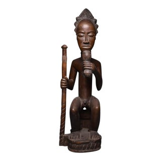 Baule Wooden Sculpture of a Chief Seated on a Throne For Sale