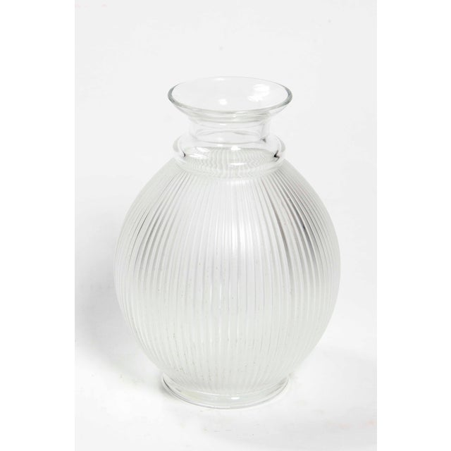 "Lalique 1990s Vintage Lalique ""Claude"" Vase For Sale - Image 4 of 4"