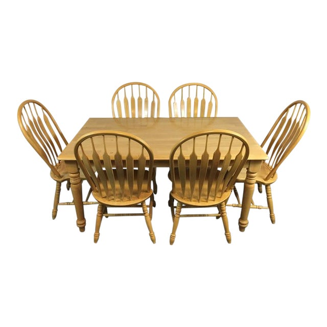 Country Carved Oak Dining Set - Image 1 of 11