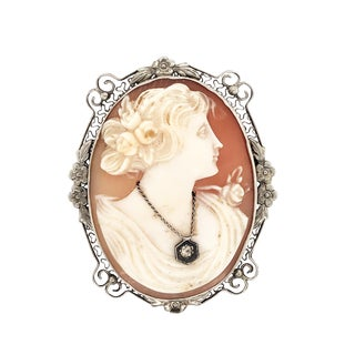 Art Nouveau White Gold Shell Cameo Pin Pendant For Sale