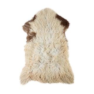 """Contemporary Natural Sheepskin Pelt - 2'3""""x3'6"""" For Sale"""