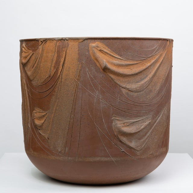 """Mid-Century Modern Pro/Artisan """"Expressive"""" Planter by David Cressey for Architectural Pottery For Sale - Image 3 of 9"""