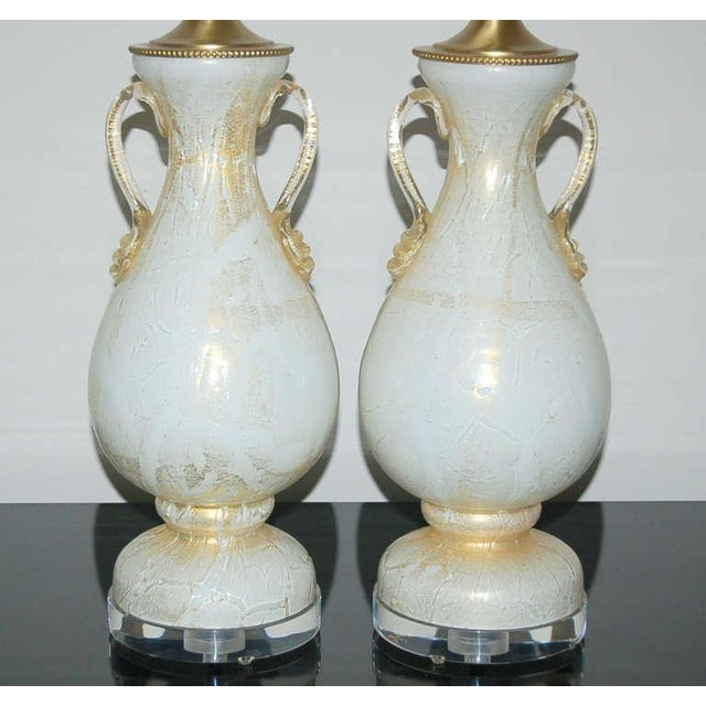 Hollywood Regency Vintage Murano Glass Table Lamps White Gold For Sale - Image 3 of 8