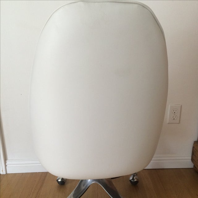 Vintage Chrome & White Pleather Office Chair - Image 6 of 7