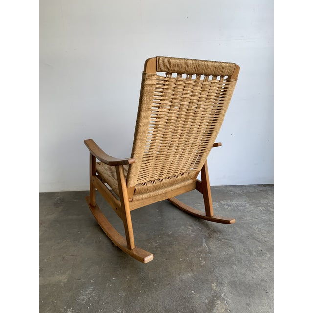Mid-Century Modern Mid Century Rope Rocking Chair For Sale - Image 3 of 13