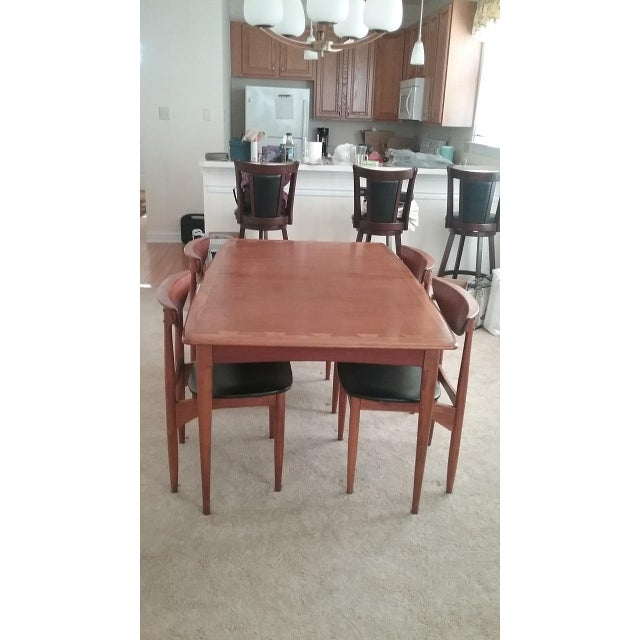 Walnut Lane Acclaim Dining Table & Lane Perception Chairs - Set of 5 For Sale - Image 7 of 7