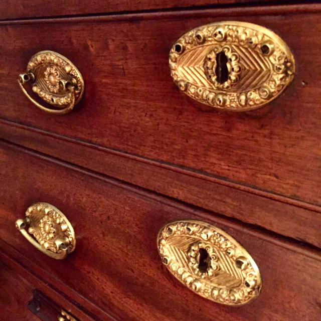 19th Century Traditional Bombe Desk/Chest of Drawers For Sale - Image 11 of 13