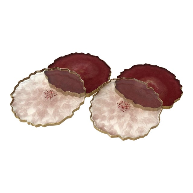 Dwm | Maloos, Wine-Pink Epoxy Resin Hand-Cast Coasters- Set of 4 For Sale
