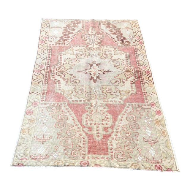 1960s Vintage White Turkish Rug- 3′9″ × 6′9″ For Sale