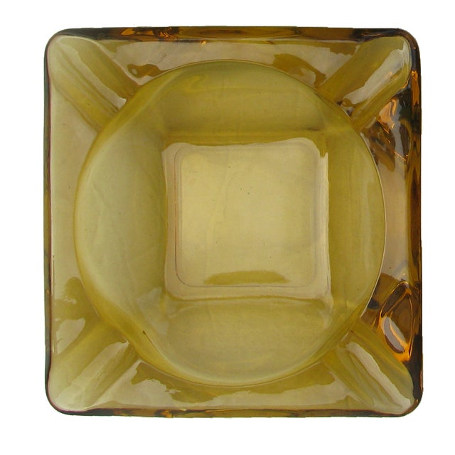 Mid-Century Modern Art Glass Ashtrays, Set of 4 For Sale In Tulsa - Image 6 of 7