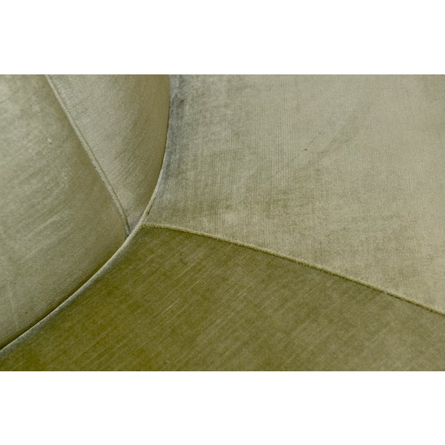 Wood Caracole Modern Celery Green Velvet and White Stone Round/Octagonal Banquette For Sale - Image 7 of 8