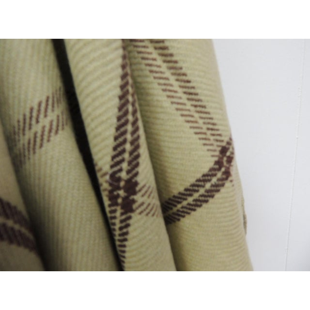 Boho Chic Woven Green and Brown Himalayan Cashmere Throw With Hand-Knotted Fringes For Sale - Image 3 of 6
