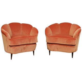 Pair of 1940s Gio Ponti Style Italian Scallop Lounge Chairs For Sale