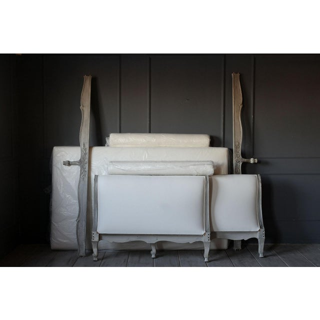 19th Century French Louis XV- Style Daybed With Distressed Finish For Sale - Image 10 of 11