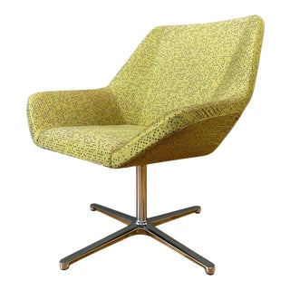 Eoos Designed Cahoots Relax Chair for Keilhauer in Chartreuse A For Sale