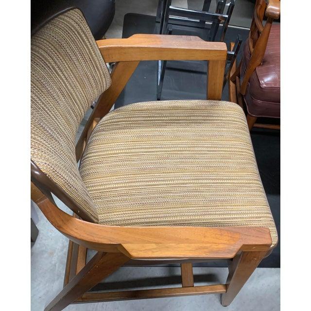 Gunlocke Mid-Century Modern Solid Walnut Chair by Gunlocke For Sale - Image 4 of 9