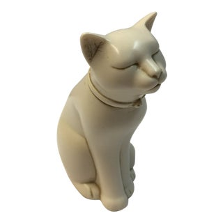 1980's Vintage Wales Stone Casting Cat Figurine For Sale