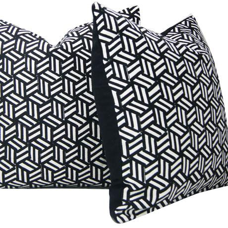 Contemporary Miles Redd Tumbling Blocks Geometric Schumacher Pillow Cover For Sale - Image 3 of 8