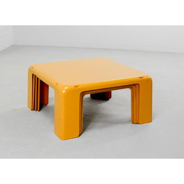 Fiberglass Mid-Century Yellow Set of Quattro Gatti Side Tables by Mario Bellini for C&b Italia, 1960s For Sale - Image 7 of 12
