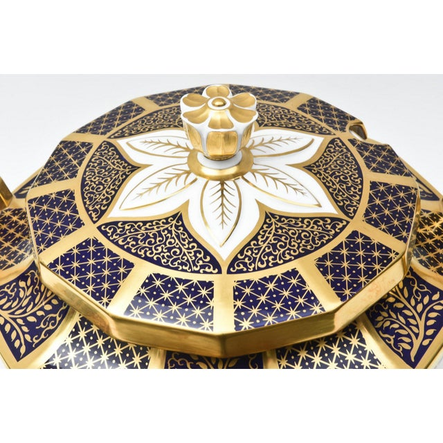 Blue English Porcelain Imari Pattern Painted Tureen With Underplate For Sale - Image 8 of 11