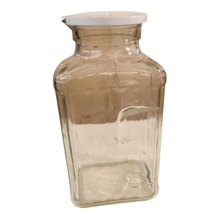 Mid-Century Modern Refrigerator Water Bottle With Lid For Sale