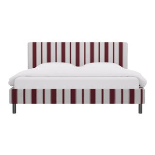 King Tailored Platform Bed in Port Clarence Stripe For Sale
