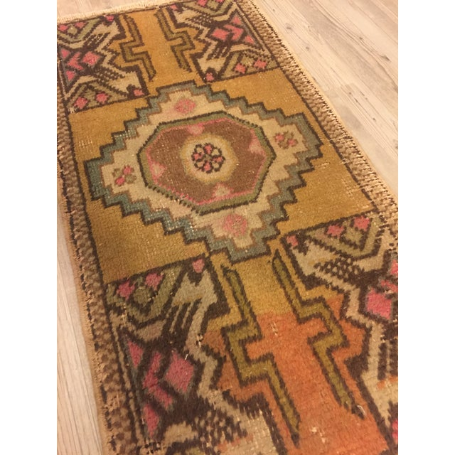 "Turkish Bohemian Rug - 1'5"" x 2'11"" For Sale - Image 4 of 6"