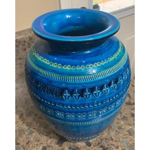 Mid-Century Modern Bitossi Rimini Royal Blue Vase For Sale - Image 3 of 9