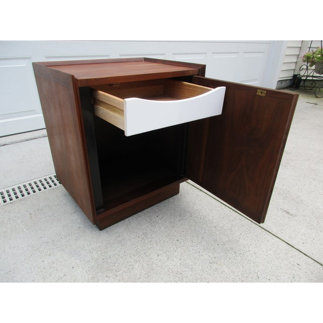 Mid 20th Century Dillingham Esprit Nightstand For Sale - Image 5 of 12