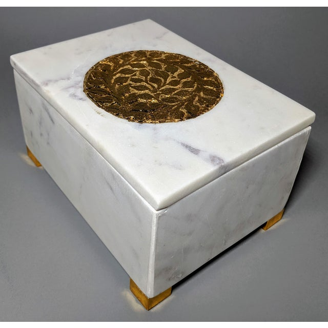 Asian Gold and White Decorative Box For Sale - Image 3 of 13
