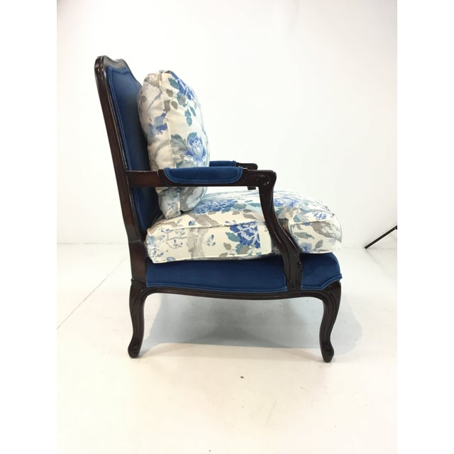 Traditional Traditional Pearson Co. 1416 Chair and Ottoman Set For Sale - Image 3 of 13