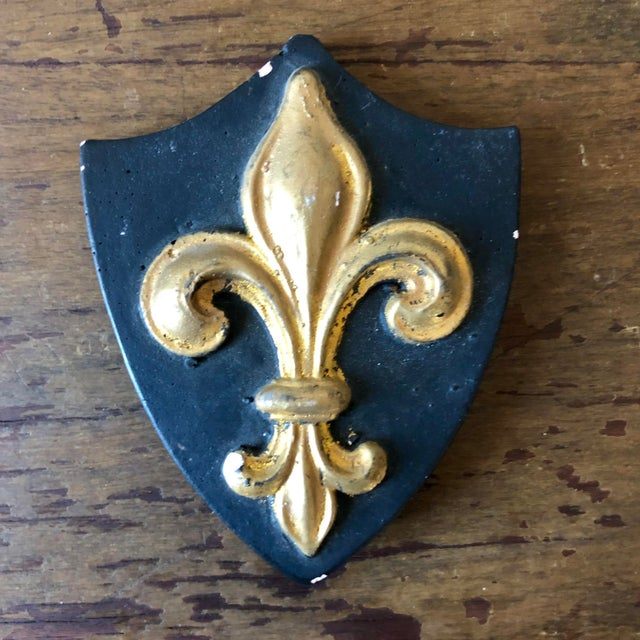 French Antique French Plaster Lion Shield Plaques- Set of 6 For Sale - Image 3 of 6