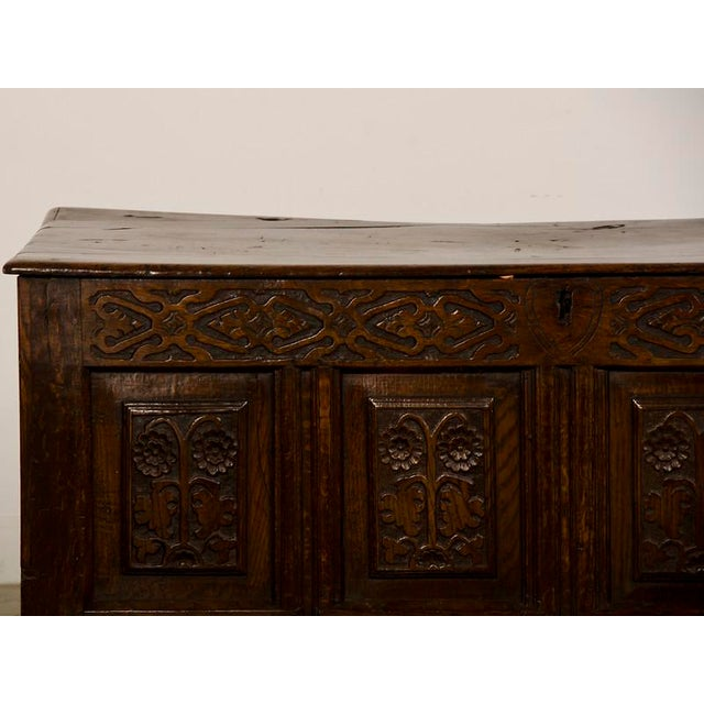 Early 19th Century Antique English Jacobean Style Oak Trunk circa 1820 For Sale - Image 5 of 9