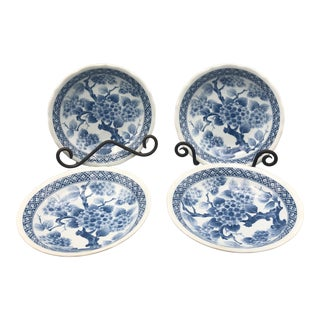 Vintage Chinoiserie Blue & White Hydrangea Bowls- Set of 4 For Sale