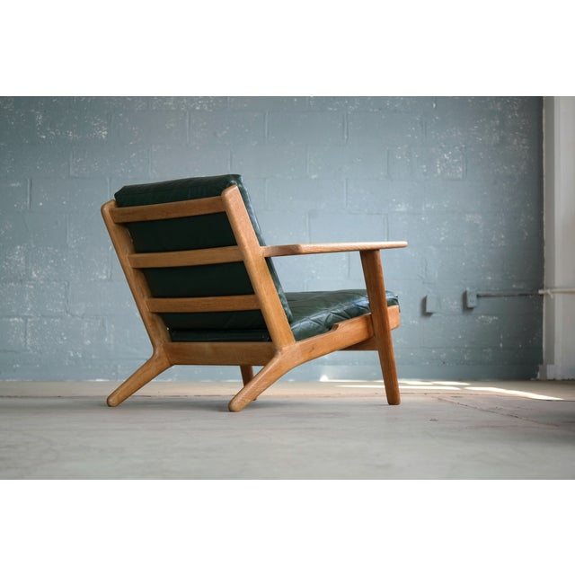 Hans Wegner Highback Lounge Chair Model GE290 for Getama Oak and Green Leather For Sale - Image 9 of 11