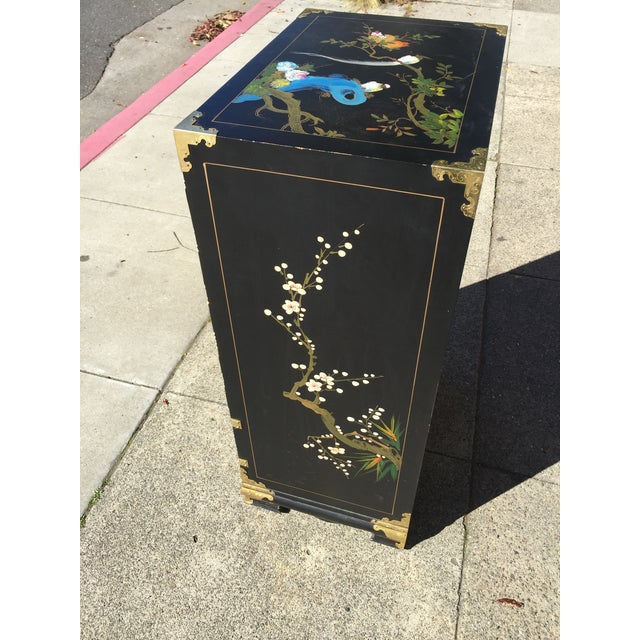 Hand Painted Chinese Chinoiserie Jewelry Chest For Sale In San Francisco - Image 6 of 8