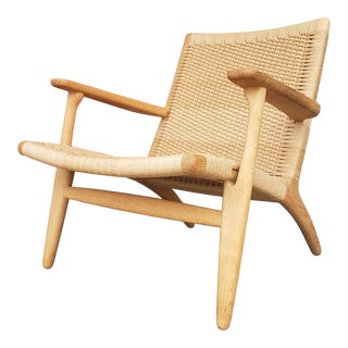 Hans Wegner Ch 25 for Carl Hansen and Sons Chair For Sale