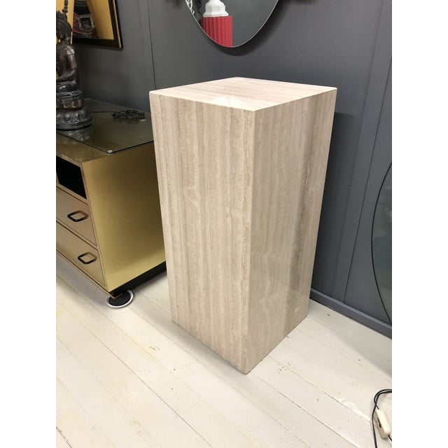 Stone 1970s Mid-Century Modern Italian Travertine Display Pedestal Column For Sale - Image 7 of 7