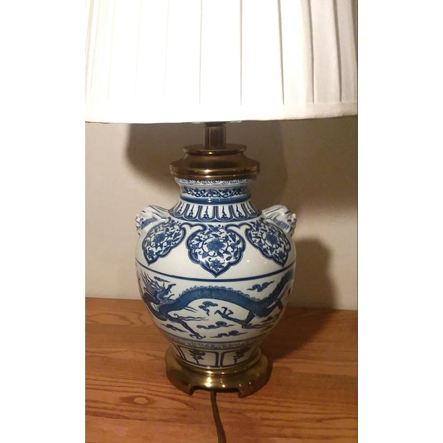 1960s Paul Hanson Blue & White Chinoiserie Dragon Porcelain Table Lamps - A Pair For Sale - Image 11 of 12